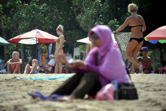 indonesia bikinis