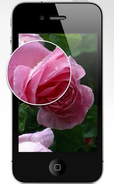 Steve Jobs présente le nouvel iPhone 4