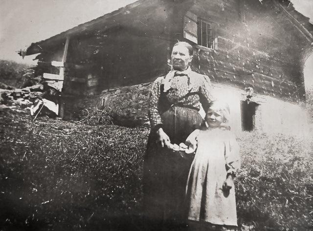 Que faire des vieilles photos de famille? Les partager!