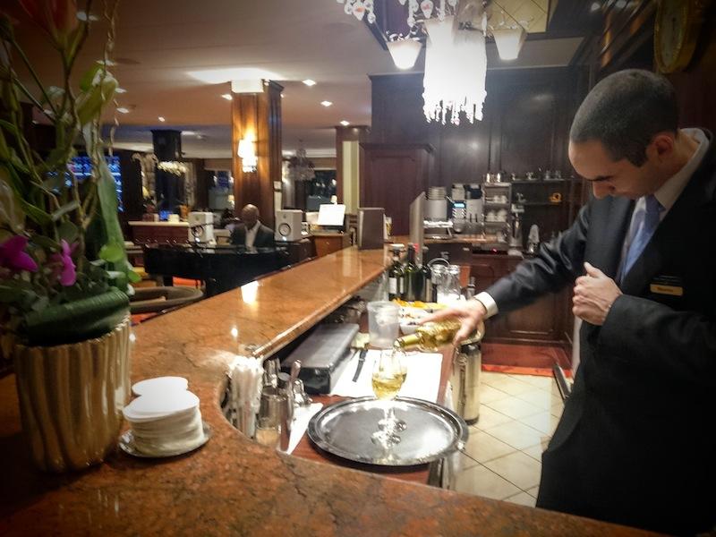 barman-hotel-bristol-gva-3