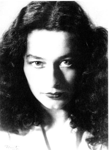 Femme, inconnue, par Ernest Piccot-1930-1950